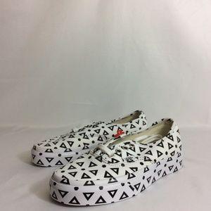 NWT Vans Authentic Mono Print Geo Sneakers